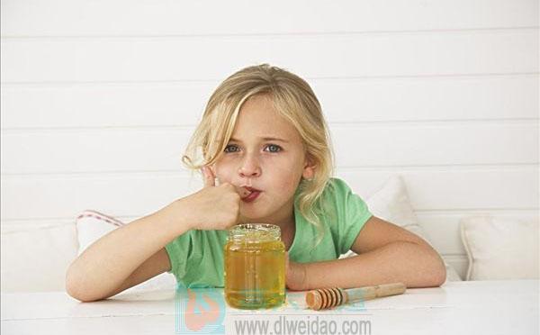 蜂蜜的吃法一是直接吃——第六味道