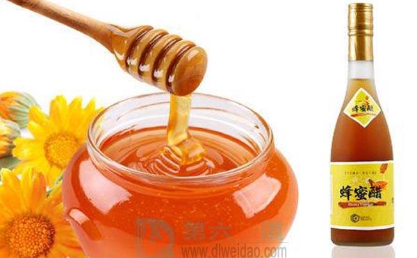 蜂蜜养生保健食谱——蜂蜜醋。蜂蜜25克,米醋20克——第六味道