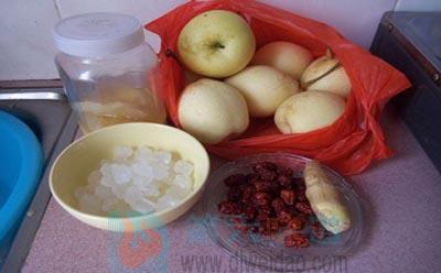 秋梨膏的做法步骤1 原料图——第六味道