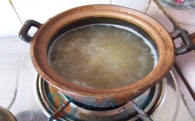 秋梨膏的做法步骤7 小火熬到蜂蜜样粘稠时关火——第六味道